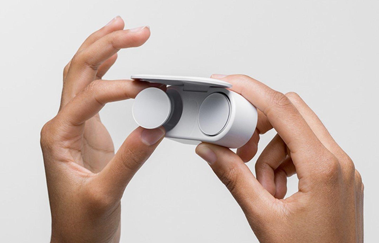 Microsoft trình làng tai nghe true wireless Surface Earbuds