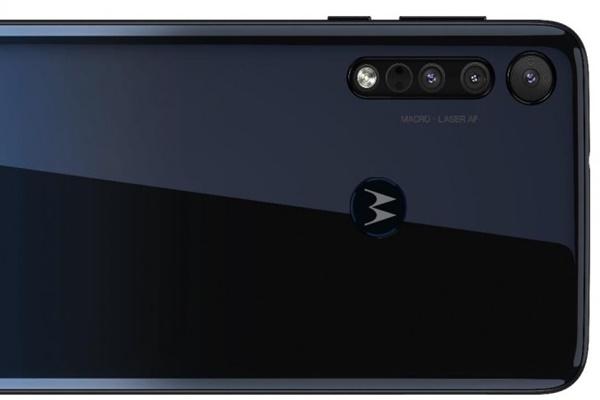 Motorola One Macro ra mắt với camera macro, chip Helio P70