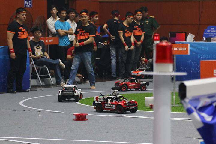Cuộc thi lập trình xe tự hành mùa 4 chính thức khởi động, 2,2 tỷ đồng giải thưởng