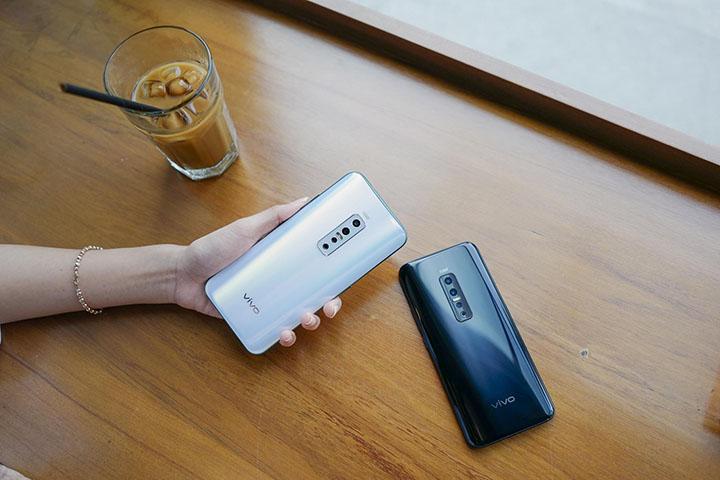 Trên tay nhanh Vivo V17 Pro: Có gì ở chiếc điện thoại gần 10 triệu đồng?