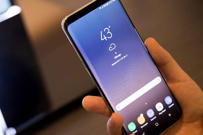 Màn hình điện thoại Android giật, lag và nhiều lỗi? Hãy thử 'làm mới' màn hình theo cách dưới đây