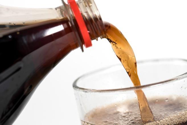 Ngăn đại dịch tiểu đường, Singapore là quốc gia đầu tiên cấm quảng cáo nước ngọt, cà phê hòa tan