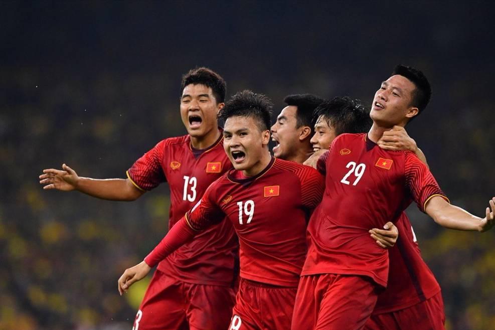 """""""Kèo"""" Việt Nam và Indonesia: Việt Nam áp đảo đội chủ nhà!"""