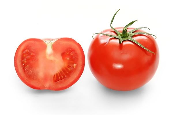 Những công dụng bất ngờ của cà chua với sức khỏe