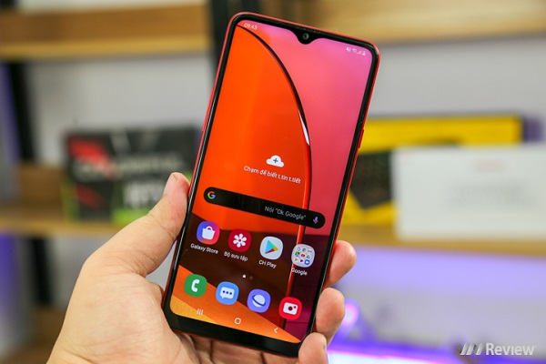 Đánh giá Samsung Galaxy A20s: Chọn cách đi riêng