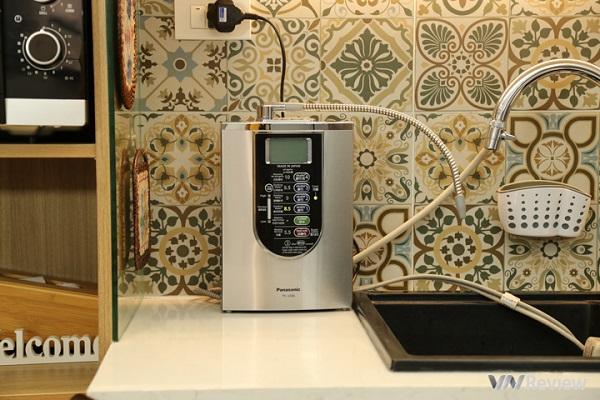 """Đánh giá máy lọc nước ion kiềm Panasonic TK-AS66: Thiết kế """"sang chảnh"""", 7 chế độ nước, lọc không có nước thải"""