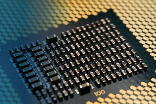 Intel phủ nhận thông tin bỏ qua tiến trình 10nm cho các con chip desktop