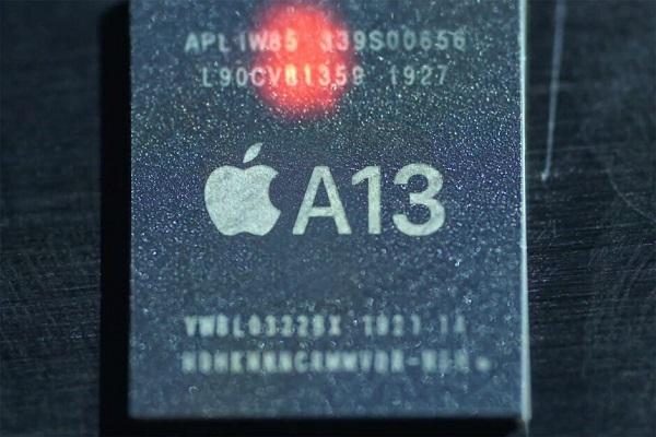 """""""Vũ khí bí mật"""" giúp iPhone 11 Pro Max có thời lượng pin khủng chính là con chip A13 Bionic"""