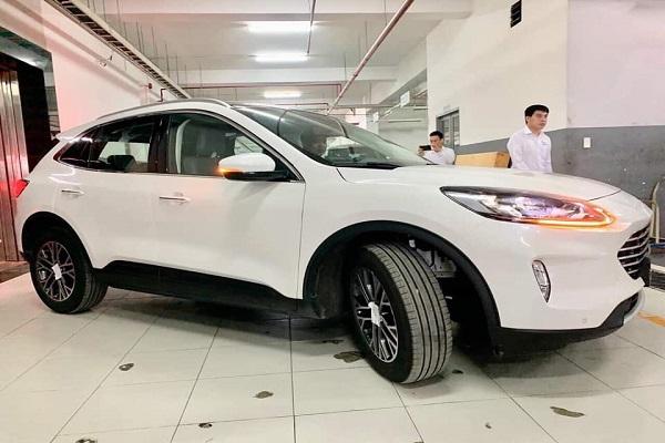 Ford Escape 2020 đầu tiên về Việt Nam, nhiều công nghệ hiện đại