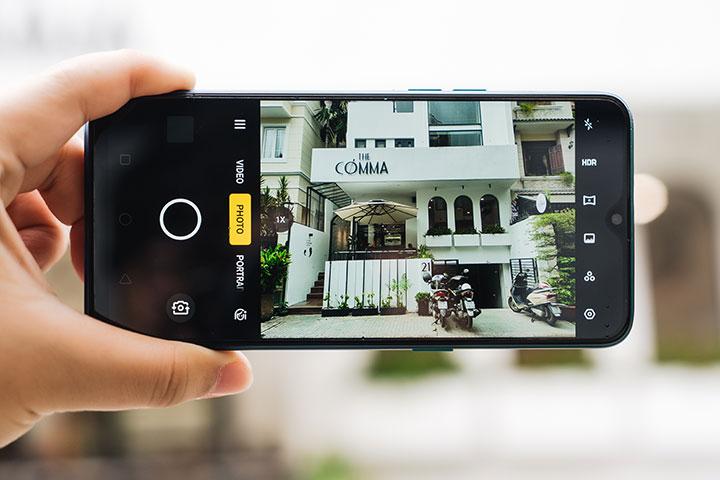 """Hướng dẫn chụp hình sống ảo """"chất như nước cất"""" khi đi chơi bằng Realme 5 Pro"""