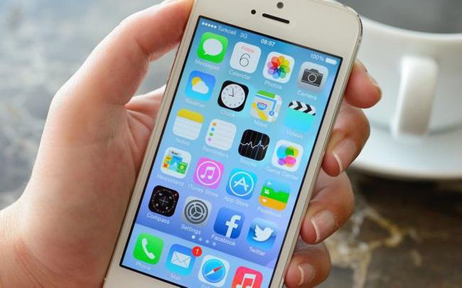 """iPhone, iPad nguy cơ biến thành """"cục gạch"""" vì một lỗi bất ngờ"""