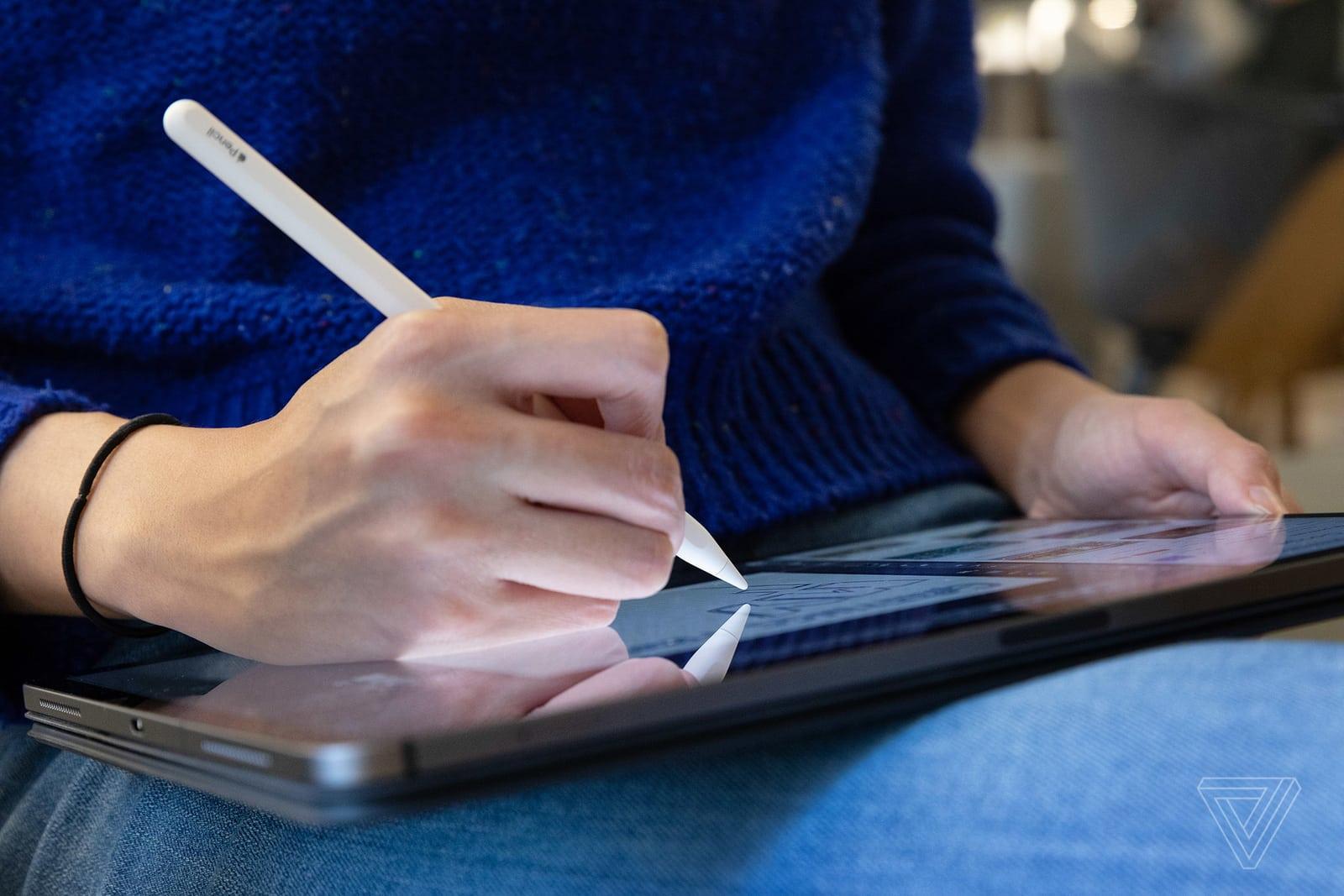 Adobe sẽ mang phần mềm vẽ vector Illustrator lên iPad vào năm 2020