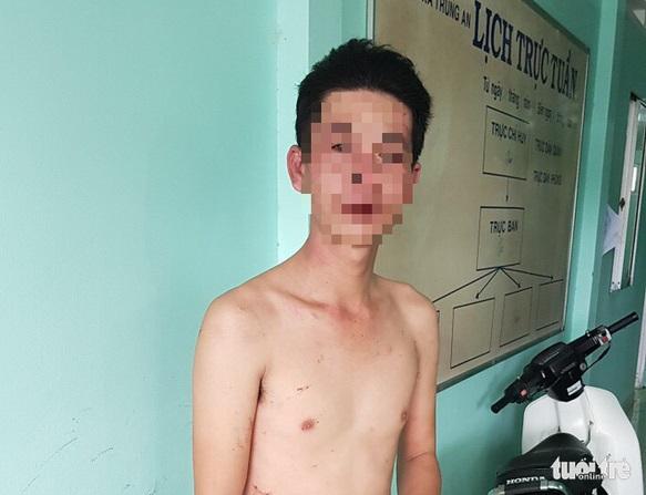 Anh Đoàn Văn Tí trong clip đánh con bị cộng đồng mạng đến tận nhà đánh - Ảnh: H.T.