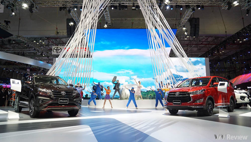 Toyota ra mắt concept TJ Cruiser tại VMS 2019