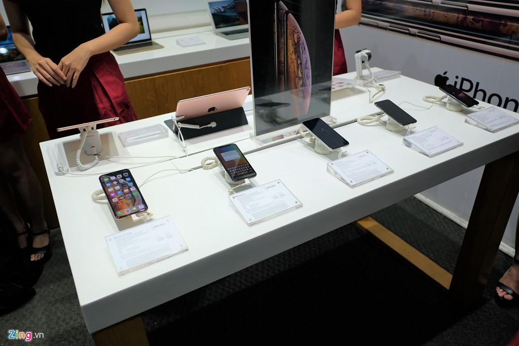 mua iphone xách tay bị khoá