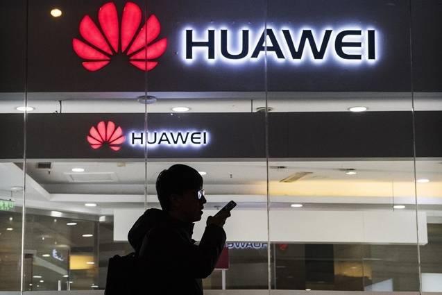 5 tháng Huawei bị cấm vận: Huawei vẫn sống khỏe, doanh nghiệp Mỹ 'khốn đốn'