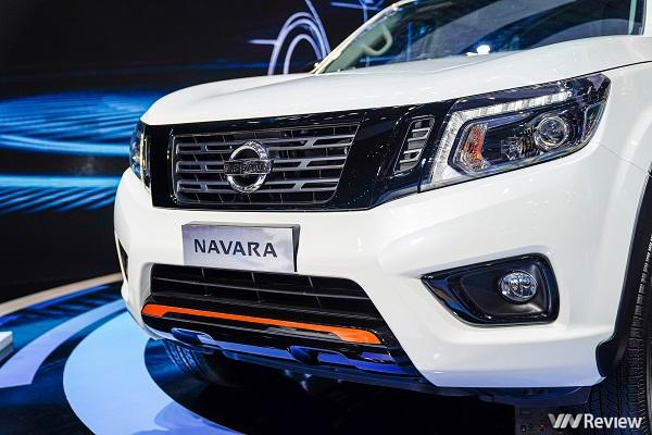 Nissan Navara Black Edition tại VMS có gì đặc biệt?