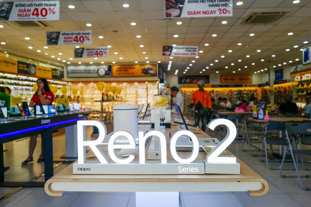 Oppo Reno2 và Reno2 F hôm nay đồng loạt lên kệ ở Việt Nam