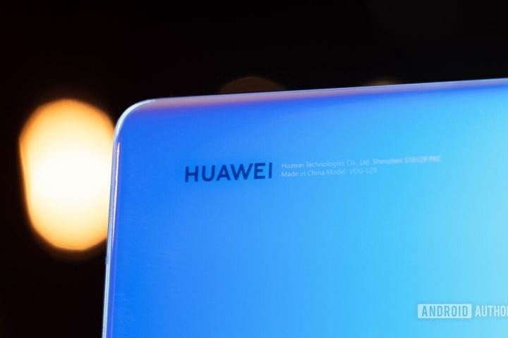"""Huawei vẫn có cách """"lách luật"""" để tung ra điện thoại mới cài sẵn bộ ứng dụng Google"""