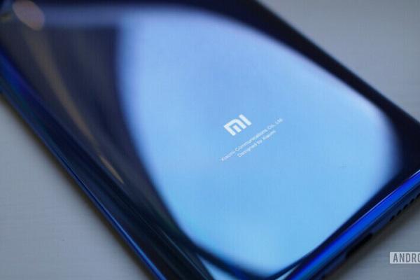 """Xiaomi """"cải tử hoàn đồng"""" cái tên Mi Note cho con quái vật 5 camera 108MP"""