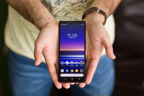 Sony vừa trải qua một quý kinh doanh thảm hại khi chỉ bán được 600.000 chiếc smartphone