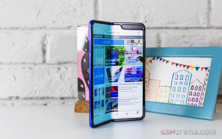 Chính thức: Galaxy Fold sẽ có giá trên 50 triệu đồng ở Việt Nam, ra mắt trong tháng 11