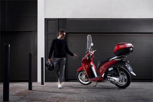 Honda SH 2020 ra mắt tại Ý, thiết kế mới và động cơ mới