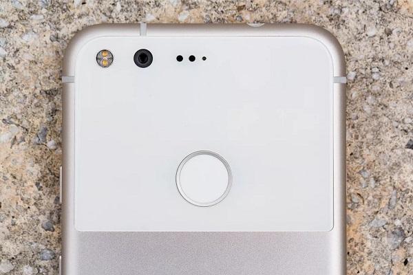 Google Pixel đời đầu sẽ được nhận bản cập nhật cuối cùng vào tháng 12