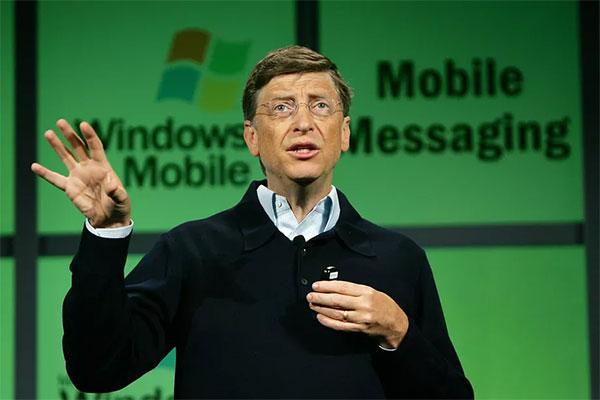 Bill Gates: 'Nếu không có bê bối độc quyền, Windows Mobile đã vượt Android'