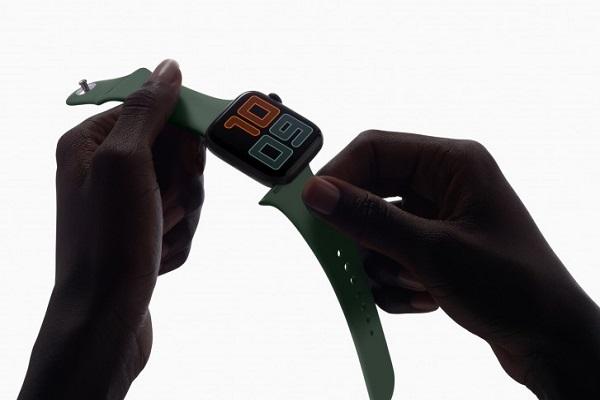 """Lượng smartwatch bán ra trên toàn cầu tăng 42% trong quý 3/2019, Apple vẫn là """"bá chủ"""""""