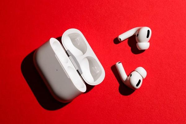 5 điều bạn cần cân nhắc trước khi mua AirPods Pro mới của Apple