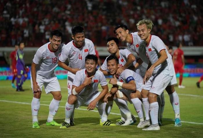 Việt Nam - UAE bao giờ đá?