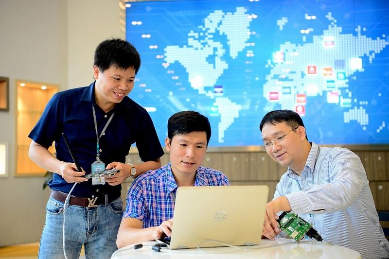 Viettel 3 năm liên tiếp vào Top 3 doanh nghiệp có lợi nhuận tốt nhất Việt Nam