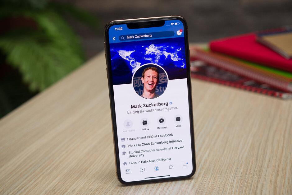 """Cảnh báo: Facebook bí mật sử dụng camera iPhone cả khi bạn chỉ đang """"lướt"""" News Feed"""