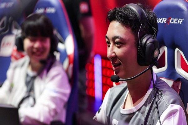 Cậu ấm Trung Quốc 31 tuổi vừa bị cấm ăn chơi xa xỉ là ai?