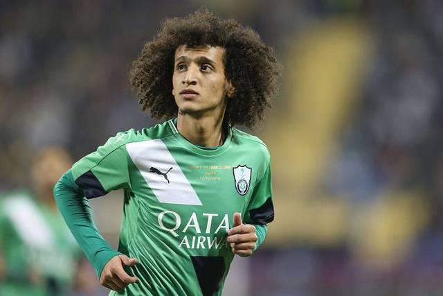 Sống trong quá nhiều tiền khiến cầu thủ UAE 'không thèm' sang châu Âu chơi bóng