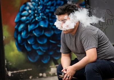 Sẽ đề xuất cấm sử dụng các sản phẩm thuốc lá điện tử để bảo vệ sức khoẻ người dân