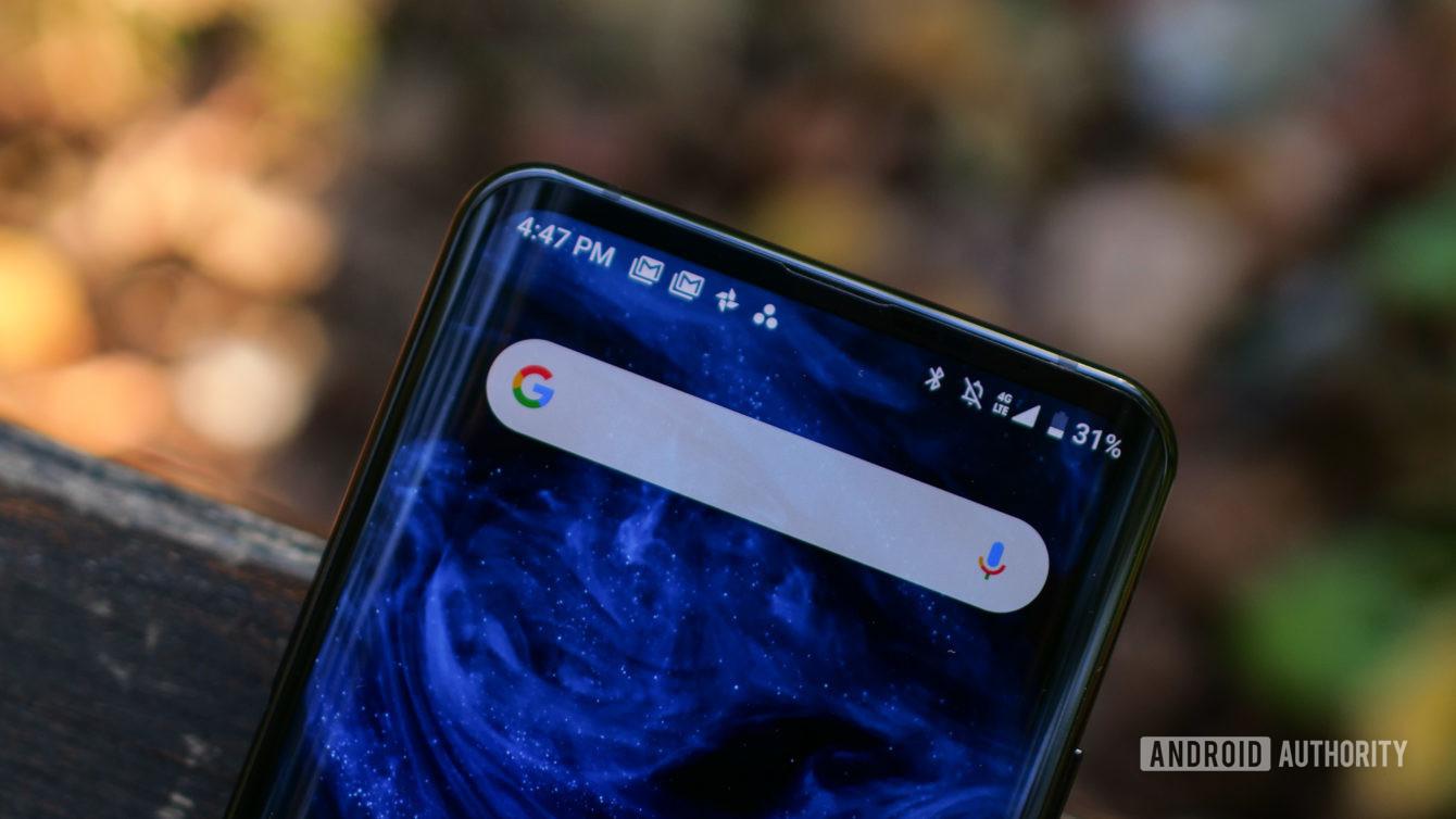 Google bị cáo buộc can thiệp kết quả tìm kiếm để ưu tiên các công ty lớn và ẩn các chủ đề nhạy cảm