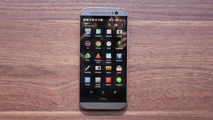 HTC gợi ý trên Twitter rằng họ sẽ hồi sinh một trong những chiếc điện thoại cổ điển của mình