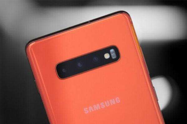 Ứng dụng Samsung Camera tiết lộ Galaxy S11 có thể quay phim 8K
