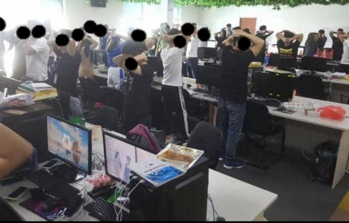 Gần 1.000 công dân Trung Quốc bị bắt ở Malaysia, nghi hoạt động lừa đảo trực tuyến