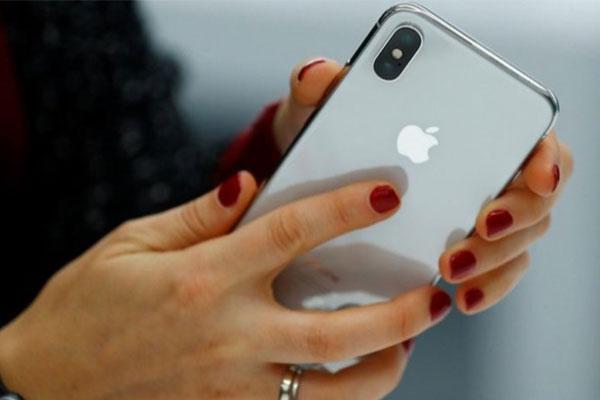 Nga cấm bán smartphone, máy tính nếu không cài sẵn phần mềm của Nga