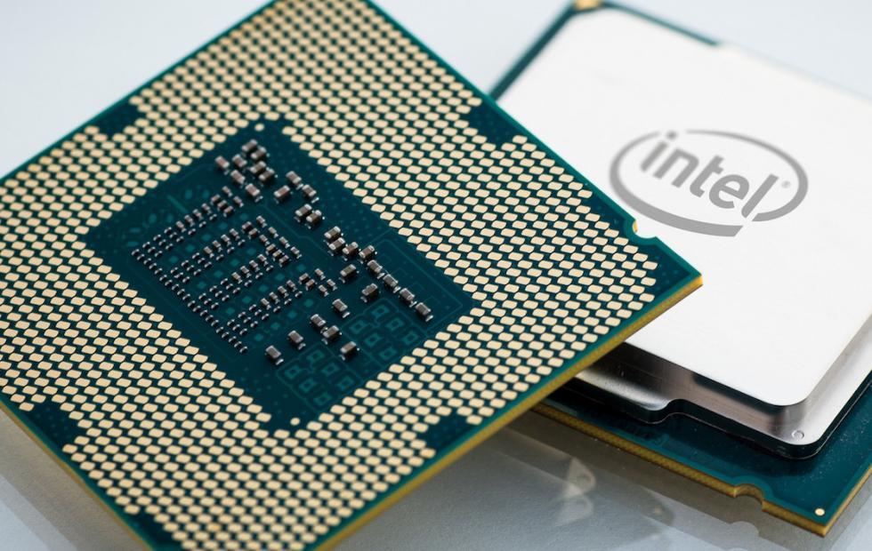 Intel 'cầu cứu' Samsung giúp sản xuất CPU máy tính do nguồn cung thiếu hụt