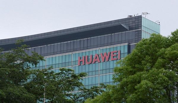 """Một năm kể từ ngày """"công chúa"""" bị bắt, Huawei vẫn đang chật vật tìm lối thoát"""