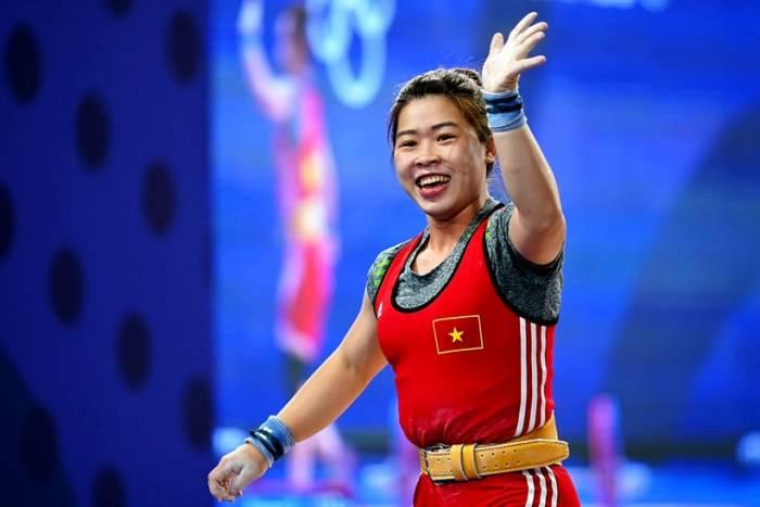 'Vô đối' kiểu Việt Nam: Bố mẹ cấm tập tạ, VĐV vẫn giành HCV Sea Games, cách người về nhì 21 kg