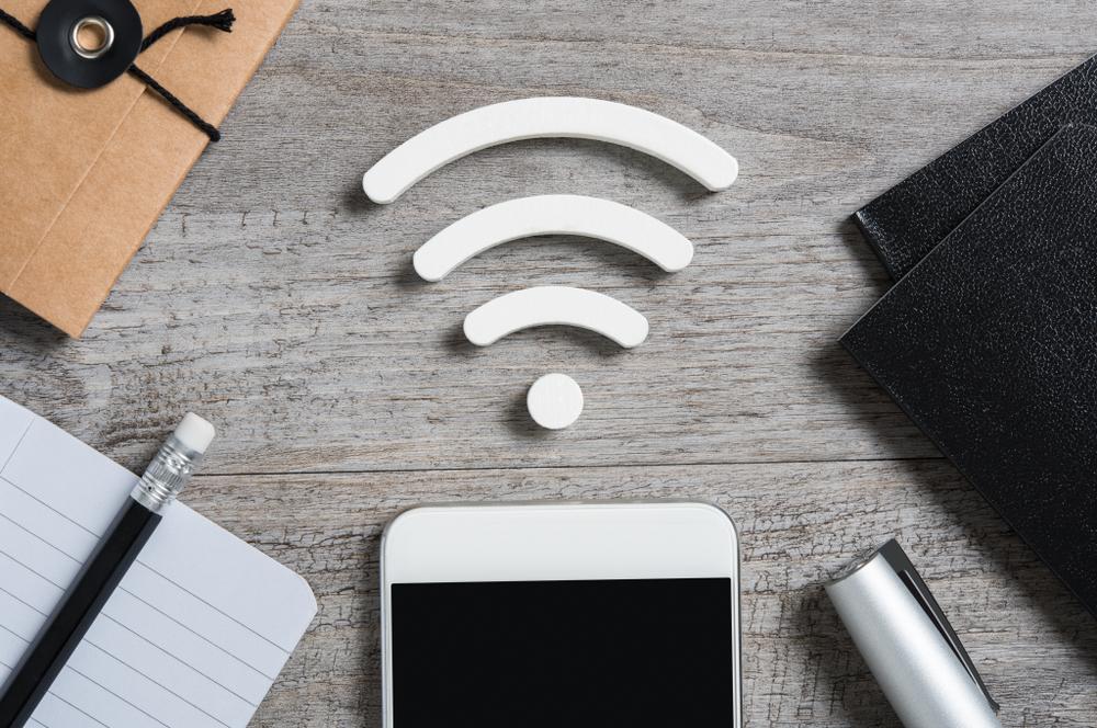 Wifi hiện đang chiếm khoảng 60% lưu lượng Internet toàn cầu (Photo Credit: Rido/ Shutterstock)