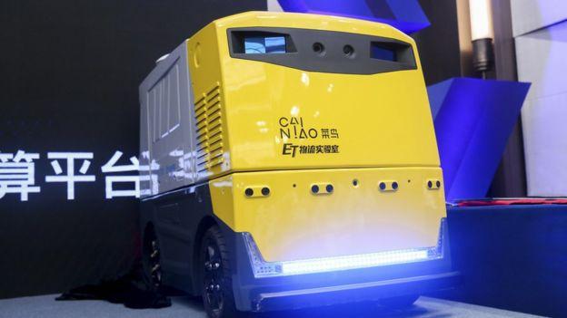 Alibaba cho biết đây là robot được trang bị hệ thống Lidar, nó có thể sử dụng để chuyển phát nhanh hay trở thành một máy bán cà phê tự động (Nguồn: Robosense)