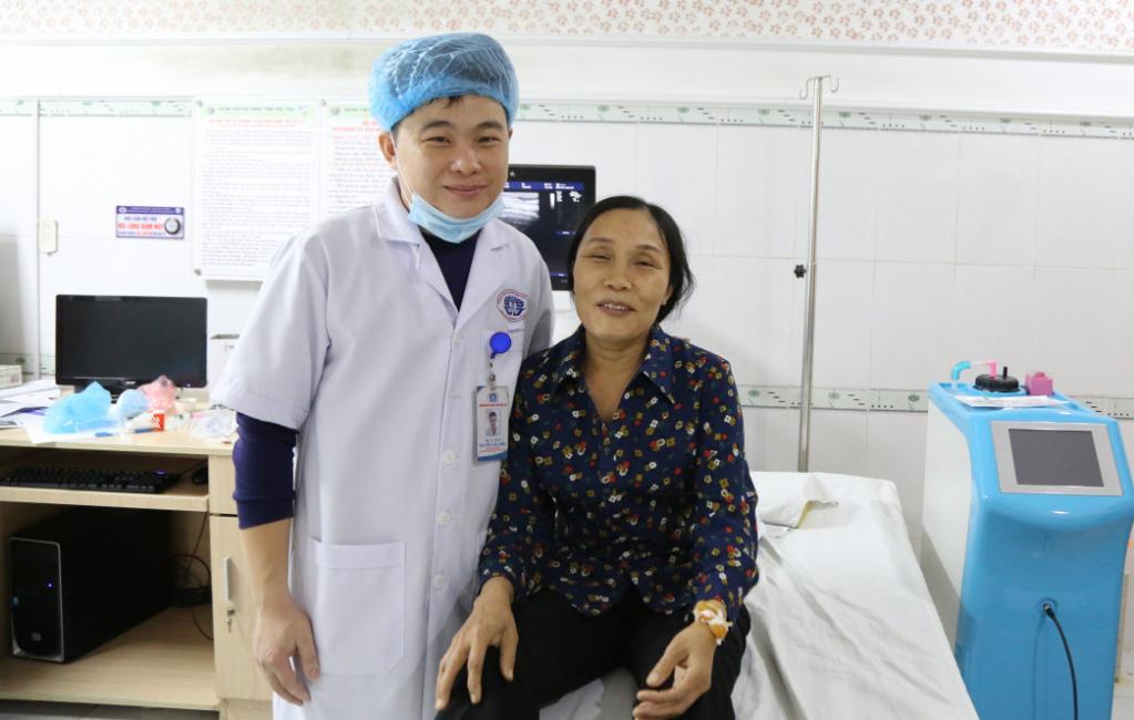 Điều trị ung thư vú bằng phương pháp hút chân không