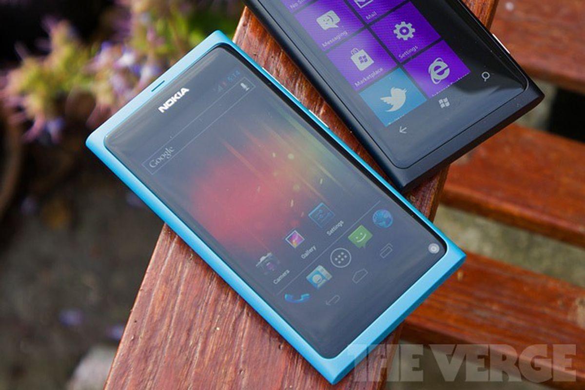 Cùng nhìn lại chiếc điện thoại Nokia N9 đã từng dẫn đầu xu thế smartphone