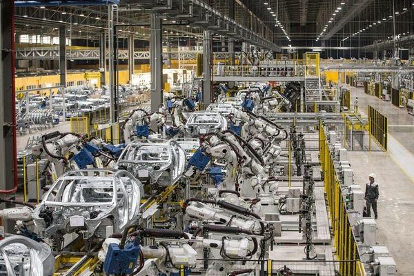 VinFast lên kế hoạch mà ngay cả Toyota, Huyndai những ngày đầu không dám mạo hiểm
